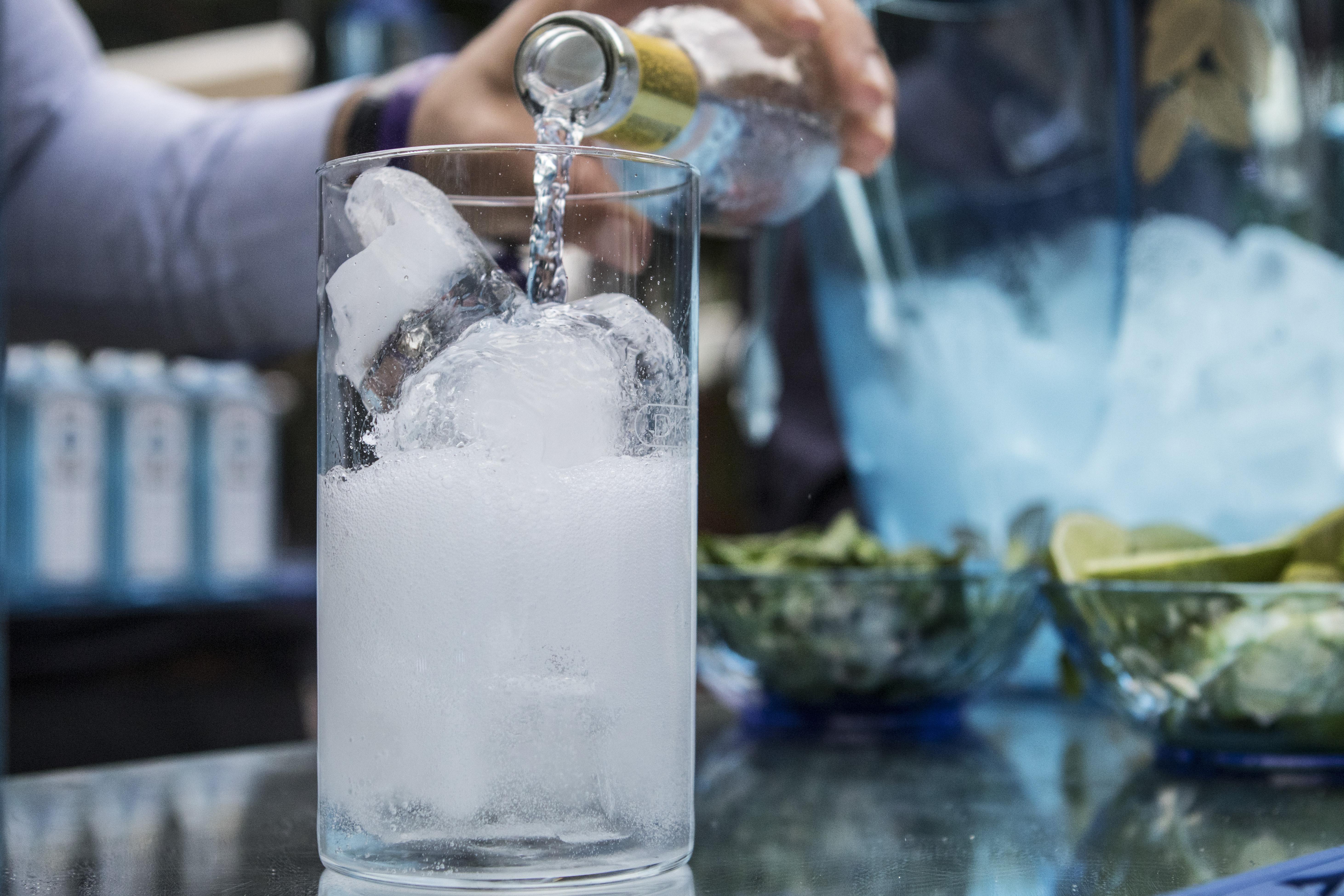 Vaso de gin-tónic